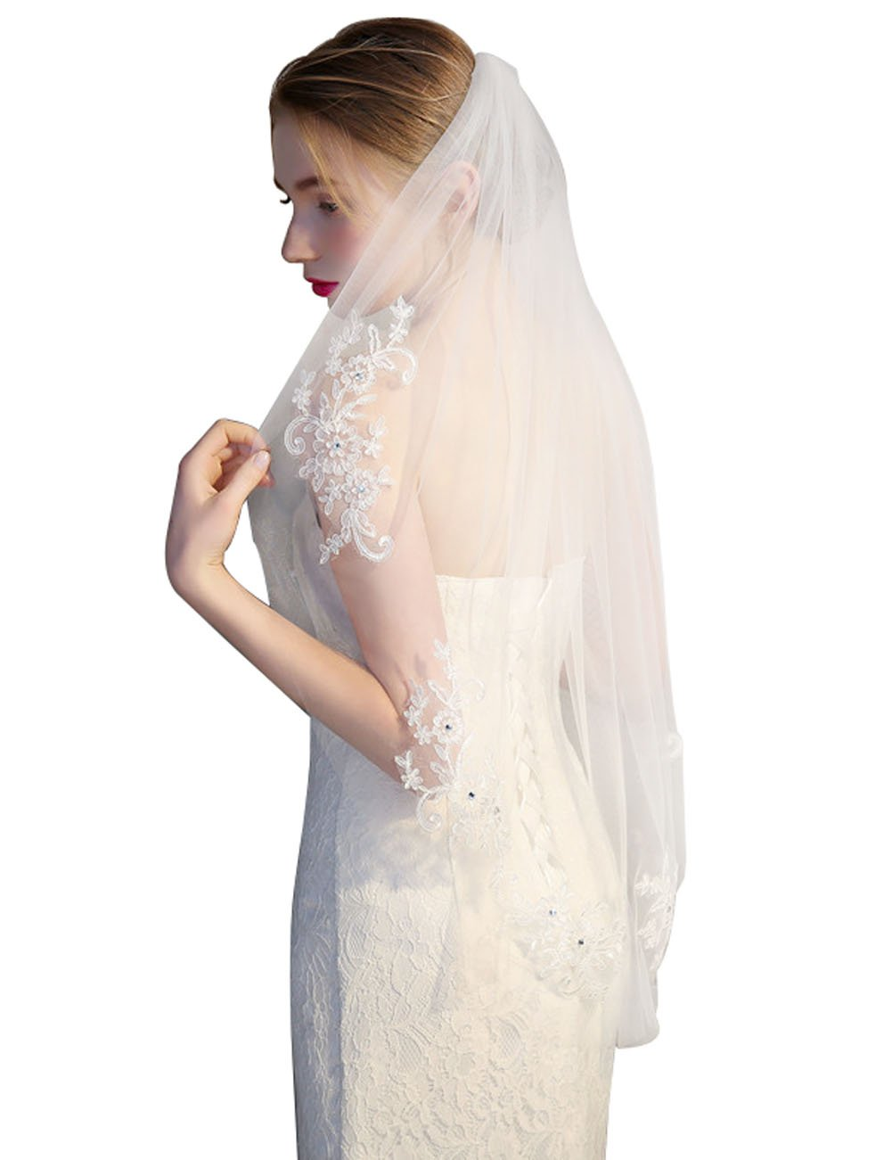 GRACIN Women's Lace Tulle Appliqued Edge Bridal Wedding Veil with Comb (One layers, White)
