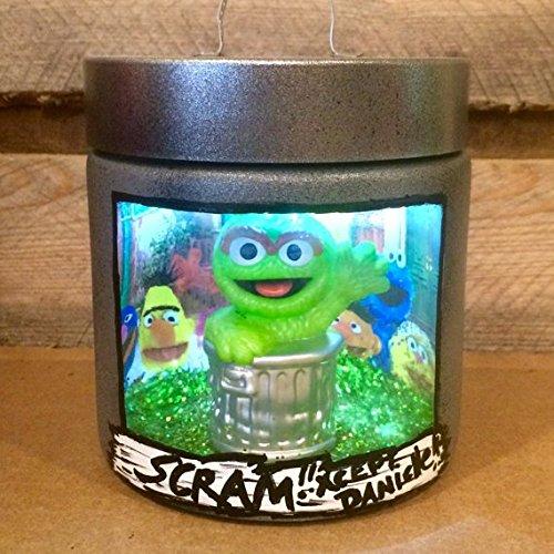Amazon Com Oscar The Grouch Night Light Sesame Street