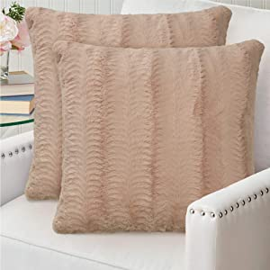 The Connecticut Home Company Original Faux Fur Pillowcases, Set of 2, Decorative Case Sets, Many Colors, Throw Pillow Covers, Luxury Soft Cases for Bedroom, Living Room, Couch and Bed, 20x2, Beige
