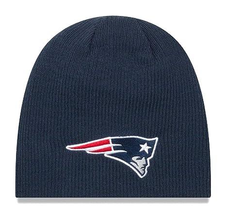 648283fcf69 Amazon.com   New Era New England Patriots NFL Basic Team Beanie 2