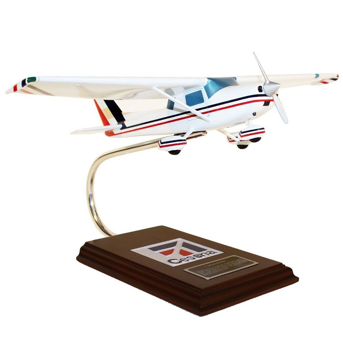 Daron Worldwide Trading ESAG003 C-150/152 1/24 AIRCRAFT