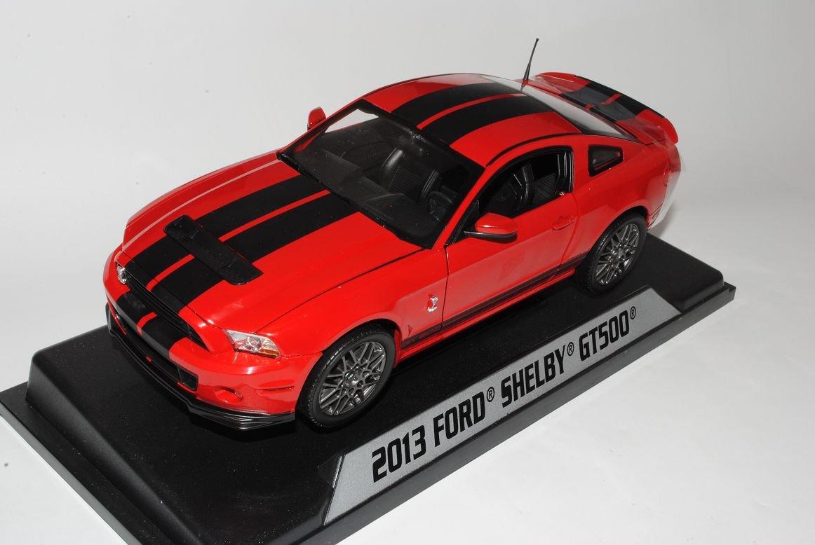 Ford Shelby Mustang 2013 GT500 Rot Schwarz Streifen 1/18 Shelby Collectibles Modell Auto mit individiuellem Wunschkennzeichen