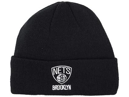 e5639f2eb4d Amazon.com   adidas NBA Phoenix Suns Cuffed Knit Beanie - Purple   Cold  Weather Hats   Sports   Outdoors