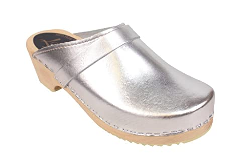 f3a1566f2836d Lotta From Stockholm Swedish Clogs : Classic Clog in Silver Leather