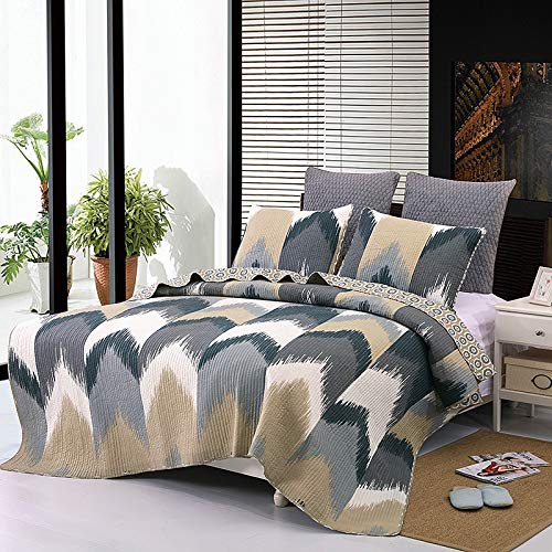 YAYIDAY Bedspread Quilt Set Queen Size - Superior Grade Peach Skin Fabric - Breathable Coverlet with Pillow Shams, Geometry Modern Chevron Black Grey Beige Pattern (Grey Beige And Comforter Set)