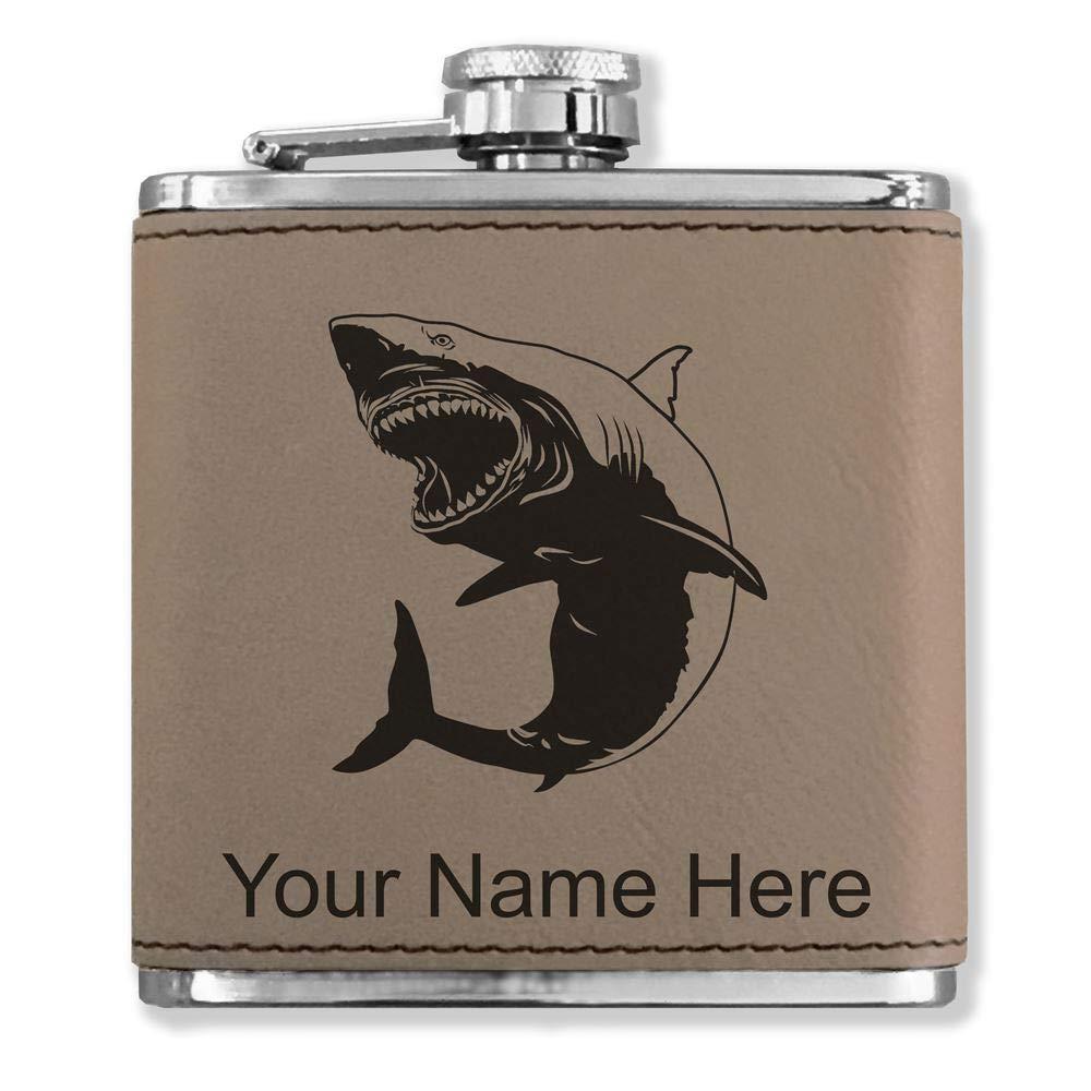 (税込) フェイクレザーフラスコ – Great White White Shark – – カスタマイズ彫刻Included Shark (ライトブラウン) B0727QR5F6, RindaRinda:5ef63561 --- a0267596.xsph.ru