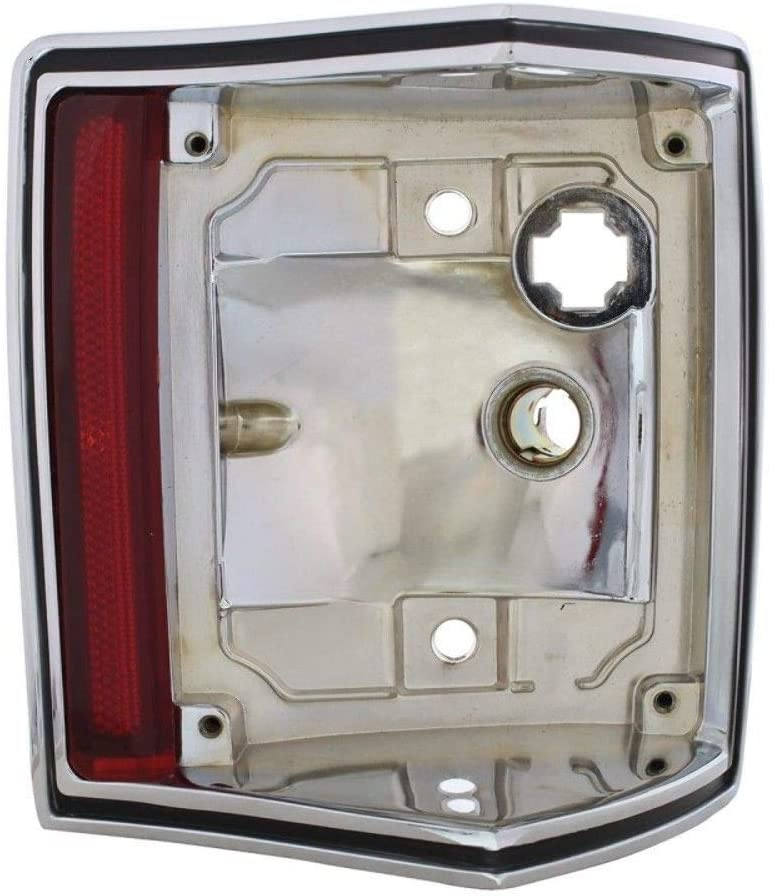 United Pacific 110161 1970-1972 El Camino and Station Wagon Chrome Tail Light Housing Passenger