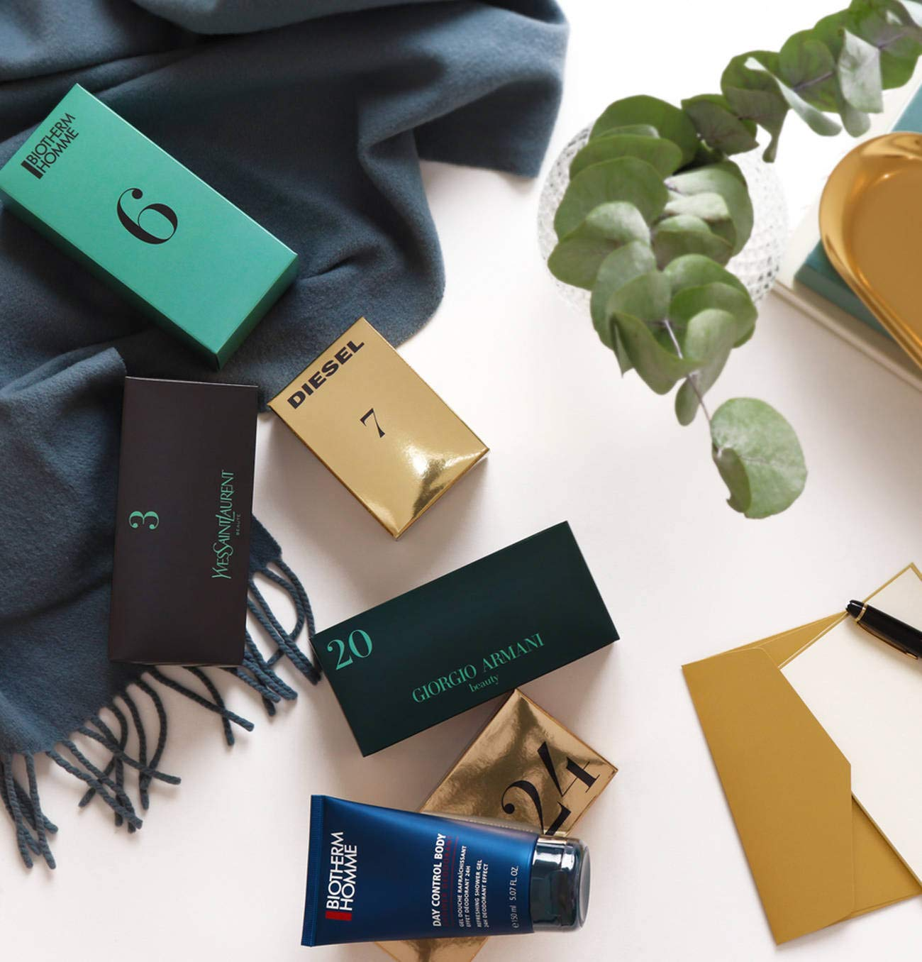 uk store exclusive deals pretty cool Giorgio Armani Adventskalender für Herren 2018 Exklusiv und ...