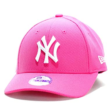 d1f19531a47 New Era Cap - 9Forty Junior Diamond Era New York Yankees pink white size   Kids  Amazon.co.uk  Clothing