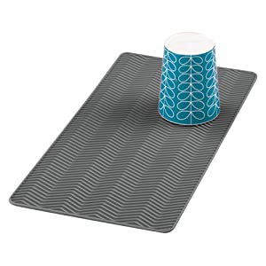 mDesign Silicone Dish Drying Mat and Protector for Kitchen Countertops, Sinks - Chevron Design - Non-Slip, Waterproof, Heat Resistant, Dishwasher Safe - Small - Charcoal Gray
