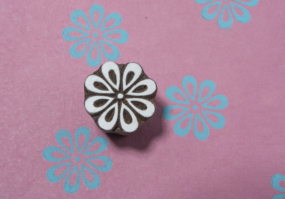 Blockwallah Simple Flower 035 Wooden Block Stamp