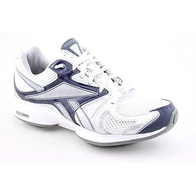 200b075f949b Reebok Women s Easytone Inspire Sneaker (9