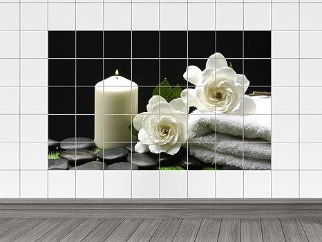 Piastrelle adesivo piastrelle immagine rose bianche con asciugamani