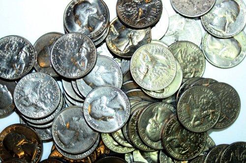 1776-1976 Washington BICENTENNIAL Quarters - (1 Roll = 40...