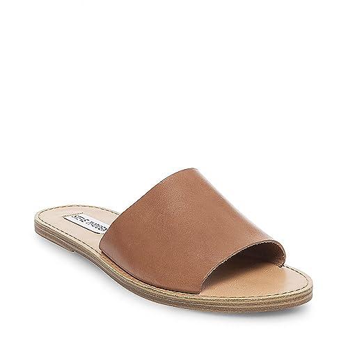 c91737b49e3 Steve Madden Women's Grace Flat Sandal