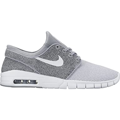 the best attitude ea1ac 329fe Nike Men s Stefan Janoski Max Wolf Grey White Dark Grey Sneakers - 7 D