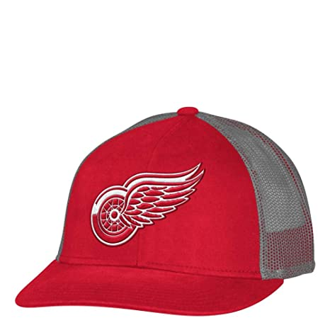 0f1c41b110fb4 Image Unavailable. Image not available for. Color  adidas Detroit Red Wings  Men s Trucker Hat NHL Meshback Cap