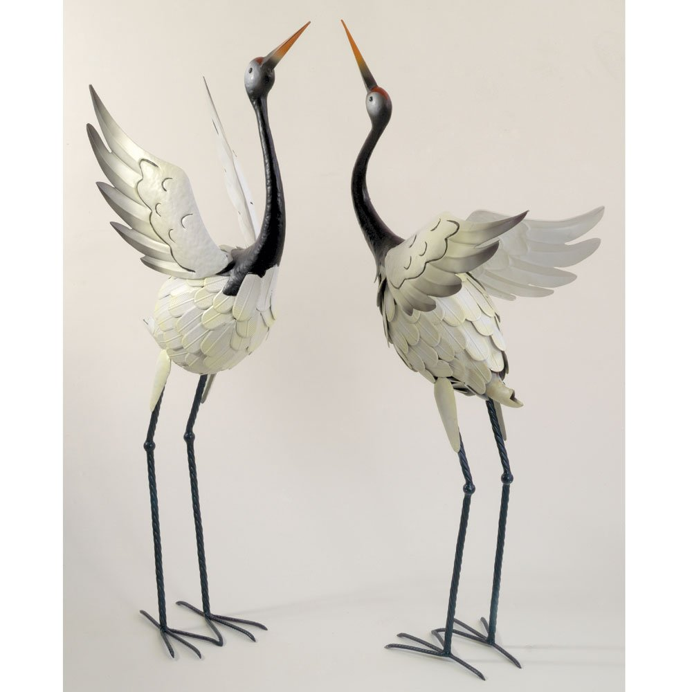 Exceptionnel Amazon.com : Bits And Pieces  Red Crowned Cranes Metal Garden Sculpture    Set Of Two Metal Cranes For Home And Garden Décor   Metal Garden Art,  Outdoor Lawn ...