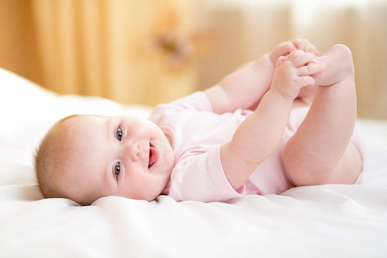 Bambini Newborn Baby Girl 19 Pc Layette Baby Shower Gift Set
