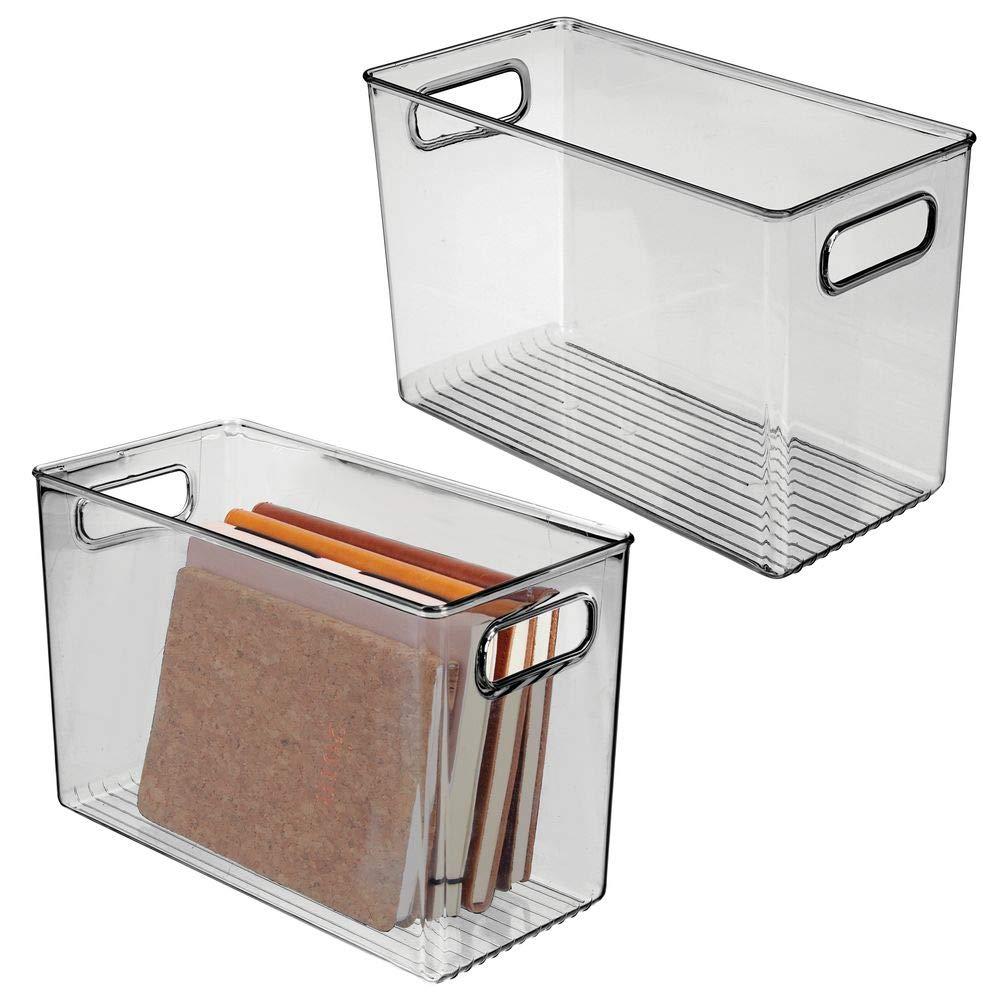 transparente mDesign Juego de 2 cajas de pl/ástico con asas integradas Caja organizadora para guardar cosm/éticos en el ba/ño Organizador transparente con dise/ño atractivo