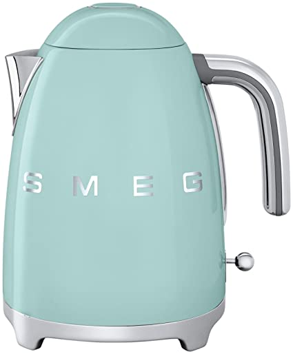 Amazon Com Smeg Klf01pgus 1 7 Liter Kettle Pastel Green Kitchen