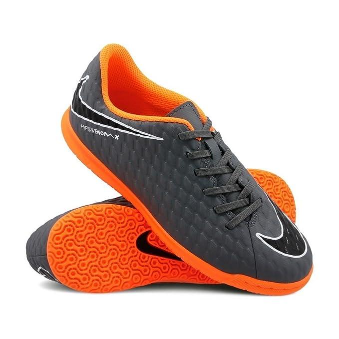 5de336504bd6 Amazon.com  Nike Jr. Hypervenom PhantomX 3 Club (IC) Indoor-Competition  Football Boot - Dark Grey  Sports   Outdoors