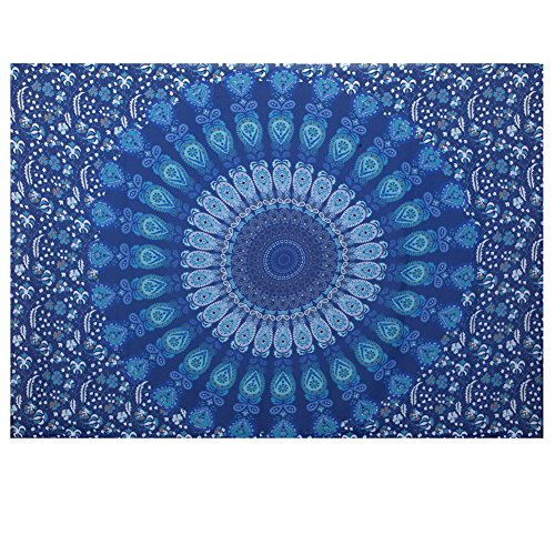 (Merssavo Beach and Travel Towel, Picnic Mat Blanket Wall Hanging Throw Bohemian Bedspread Dorm Decor for Travelling, Camping, Sports, Swimming)