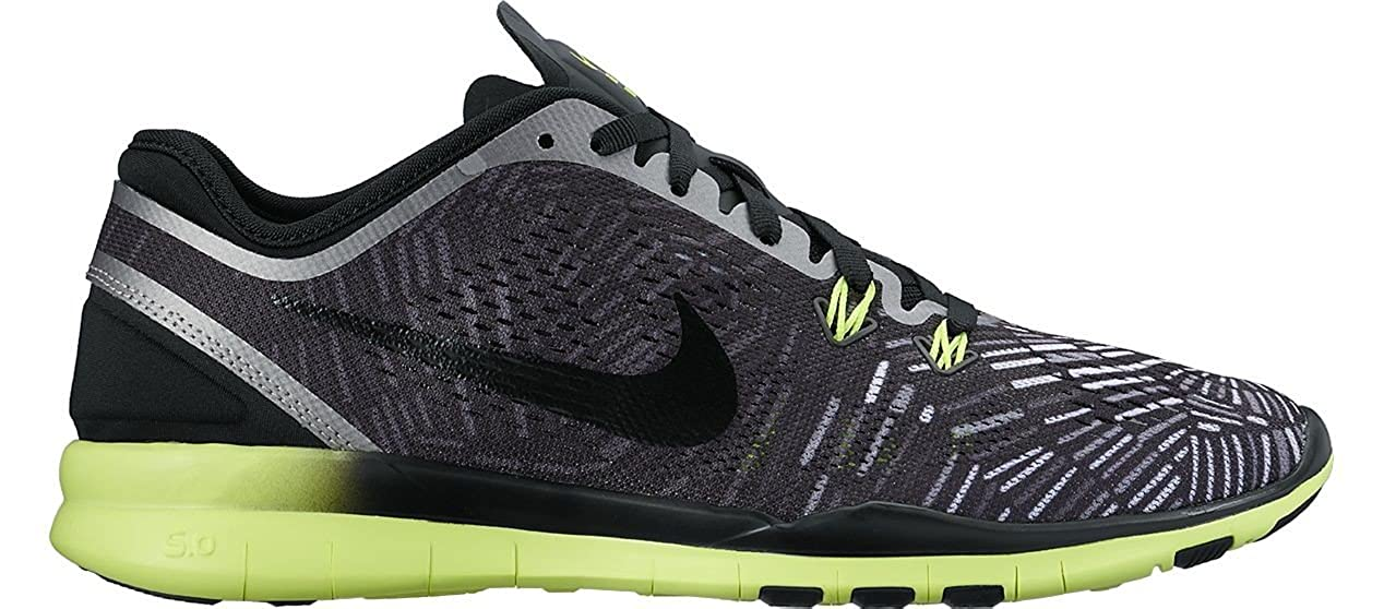 separation shoes 33945 bc5ba Amazon.com   Nike Women s Free 5.0 TR Fit Training Shoe (Print) Black Volt  Metallic Silver 12   Running