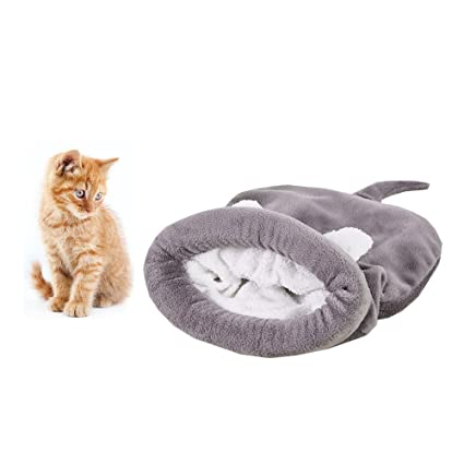 01496ca2adf8 Amazon.com   Soft Warm Cat Sleeping Bag