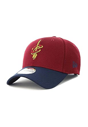 fd2436890c5 New Era 9FORTY Cleveland Cavaliers Baseball Cap - Team Mesh - Burgundy-Navy  Adjustable