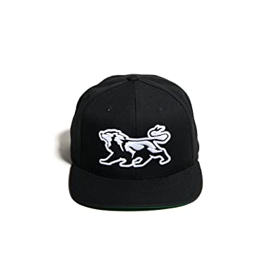 311e4e56d45 DETHRONE Men s Lion Snapback - Black at Amazon Men s Clothing store