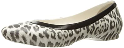 8386fbe4a63c crocs Women s Lina Graphic Flat
