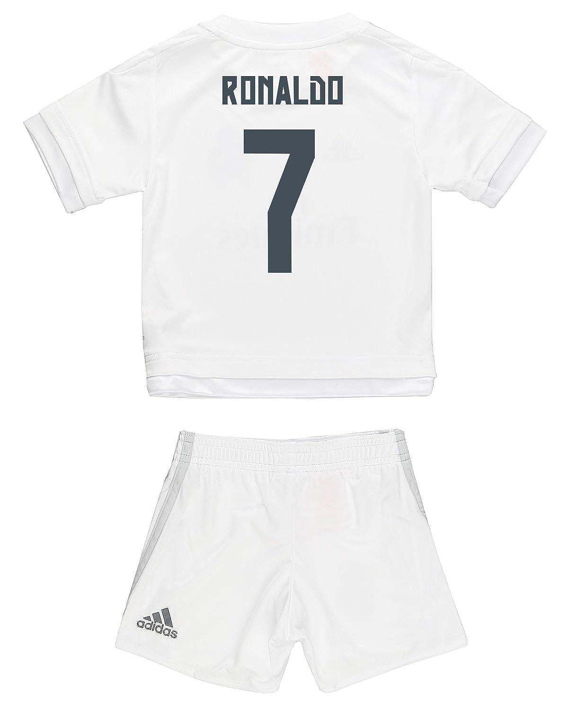 553114e771e Amazon.com  Adidas Ronaldo  7 Real Madrid Home Mini Kit 2015 16  Clothing
