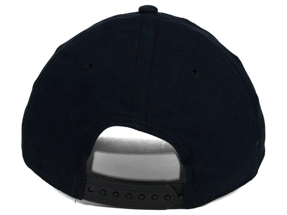 04ee97e0bd9 Amazon.com  Under Armour Men s UA Caliber Cap One Size Fits All Black   Sports   Outdoors