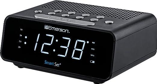 "Dimmer Sleep Time and .9"" Emerson SmartSet Alarm Clock Radio with AM//FM Radio"