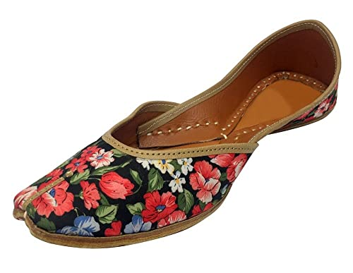 567c2d80ff2c Step n Style Punjabi Jutti Flat Shoes Bridal Shoes Khussa Shoes Mojari  Designer Shoe  Buy Online at Low Prices in India - Amazon.in