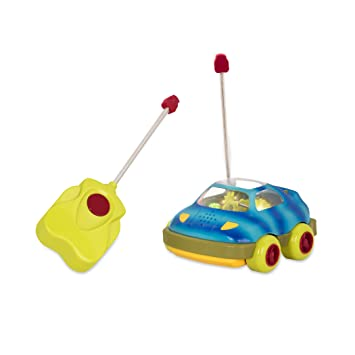 Amazon Com B Toys Wheeee Mote Control Car One Button Remote