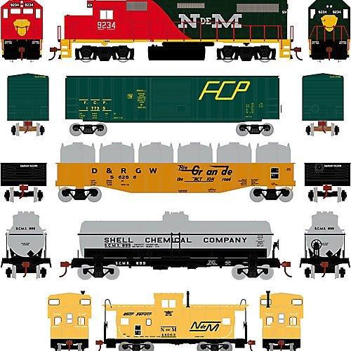 Athearn - HO GP38-2 Iron Horse Train Set  NdeM by Athearn