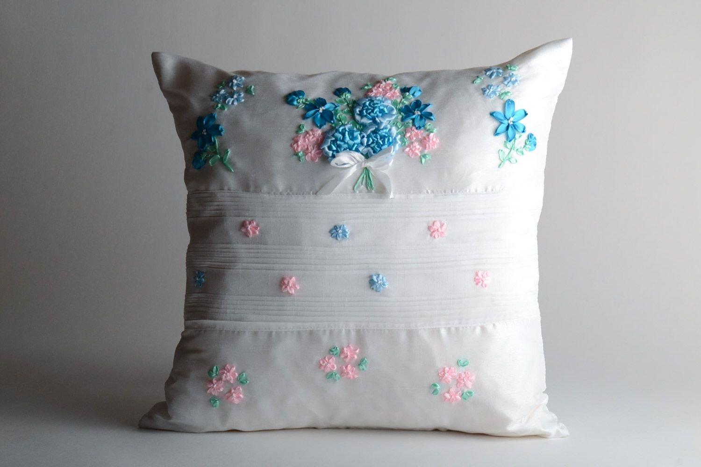 Gabardina funda de almohada con cinta de satén bordado hecho ...