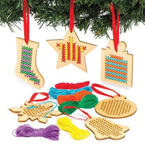 Baker Ross Christmas Wooden Cross Stitch Hanging Decoration Kits for Children to Make and Display for Xmas - Creative Craft Toy for Kids Beginners (Pack of 6) -