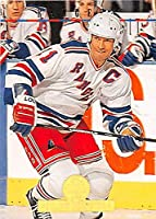 Mark Messier hockey card (New York Rangers Stanley Cup) 1994 Leaf #11