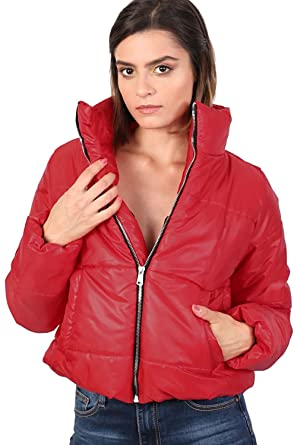 4dd4bb539e4 Amazon.com: PILOT Women's Cropped Puffer Jacket in Red: Clothing