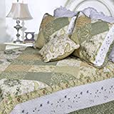 3 Piece Green Shabby Chic King Size Patchwork Quilt, White Damask Country Floral, French Paisley Pattern Western Vintage, Cottage Lake House Flowers Patch Work, Cotton, Synthetic Fiber