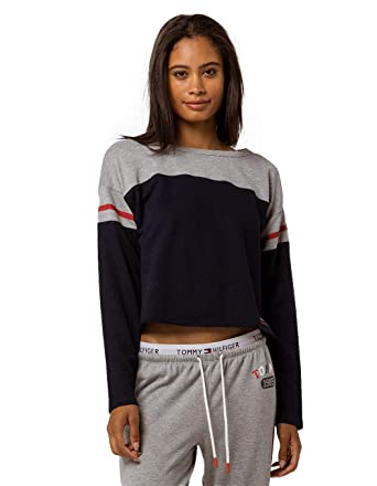 a81043ac81 Tommy Hilfiger Color Block Navy Crop Sweatshirt at Amazon Women s Clothing  store