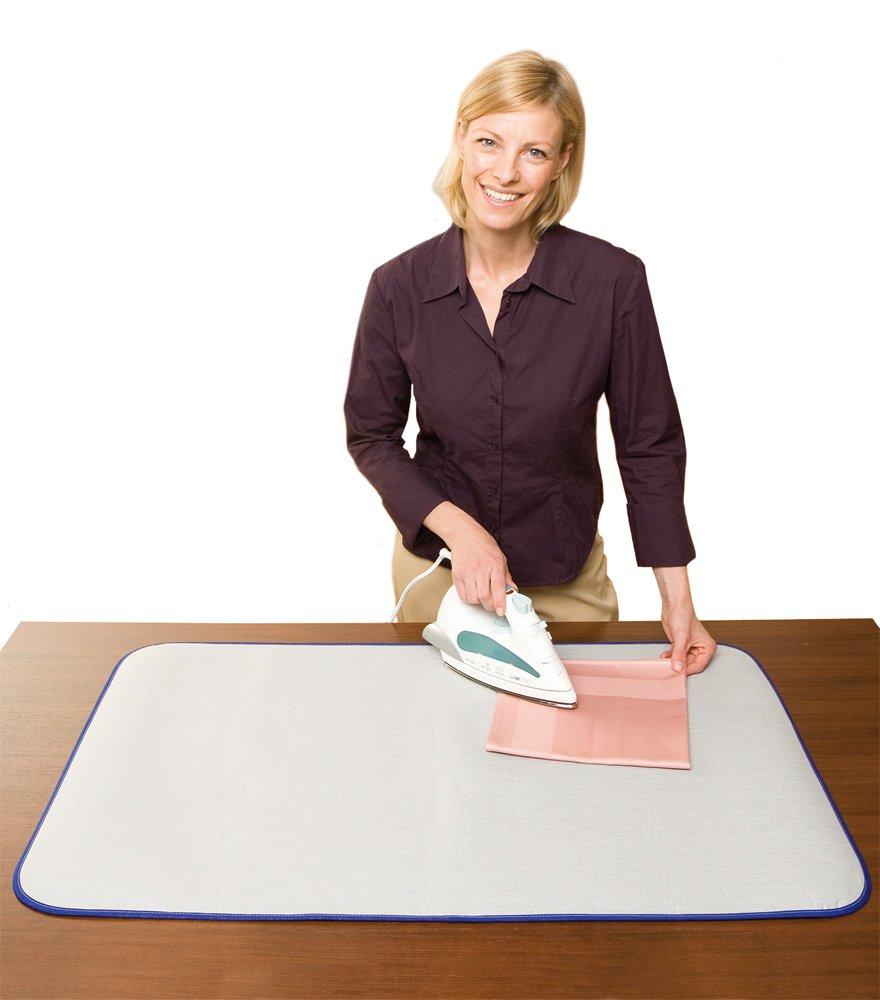 Stirare su un tavolo di legno sanotint light tabella colori - Mollettone per stirare sul tavolo ...