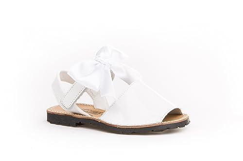 0295fdbb819 Sandalias Menorquinas Charol con Lazo para Niñas Todo Piel mod.206. Calzado  infantil Made