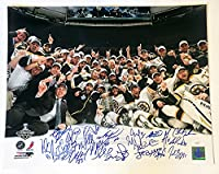 Boston Bruins 2011 Stanley Cup Champions Signed Autographed 16x20 - 22 Players D
