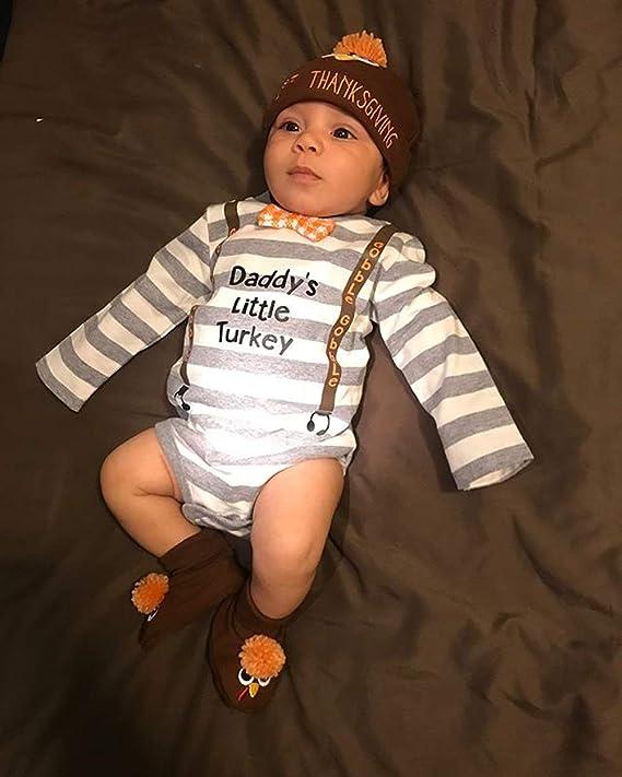 61c85d5a534 Amazon.com  Newborn Infant Baby Boy Girl 3pcs Thanksgiving Outfit Daddy s Little  Turkey Long Sleeve Romper Turkey Hat Socks Set  Clothing