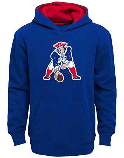 Outerstuff New England Patriots Youth NFL Vintage Logo Pullover Hooded  Sweatshirt d4ed2c30b21b
