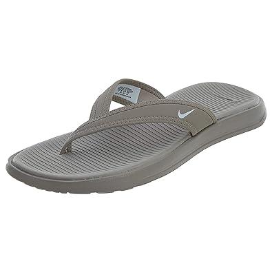 fd45752224c4 Nike Women s Celso Ultra Thong Flip Flops (6